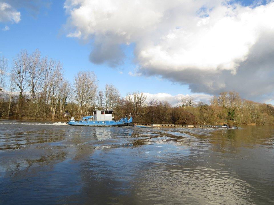 Petit pushboat motorflote par Wadone - Page 4 IMG_2346